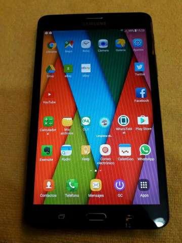 Tablet Samsung con Chip 4g Flamante