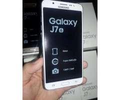 Samsung J7 2016 con 1 Año de Garantía