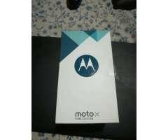 Motorola X Pure Edition