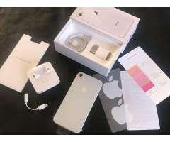 iPhone 8 256Gb Silver de Paquete