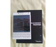 Vendo Hermoso Celular Blackberry Pasport