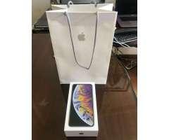 iPhone Xs Max 64Gb Silver, Nuevito