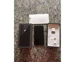 iPhone 8 Plus Flamante con Caja