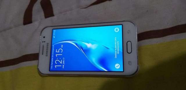 Vendo Samsung J1 Ace Duos Imei Libres