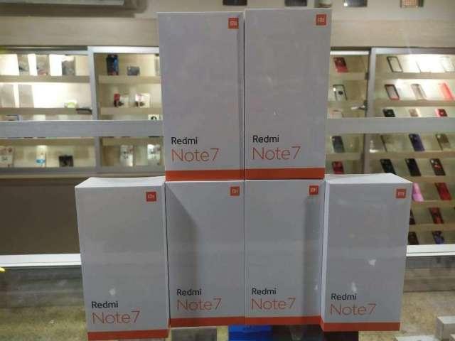 Xiaomi, Note 7 . Note 6 .