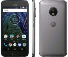 Celular Motorola G5 Plus 32GB en Perfecto Estado a 160 Color Negro con acabado Matte Negro Espe...