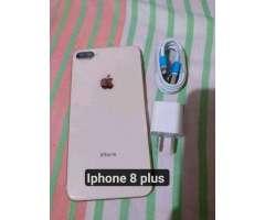 iPhone 8 Plus  64 Gb con Cargador