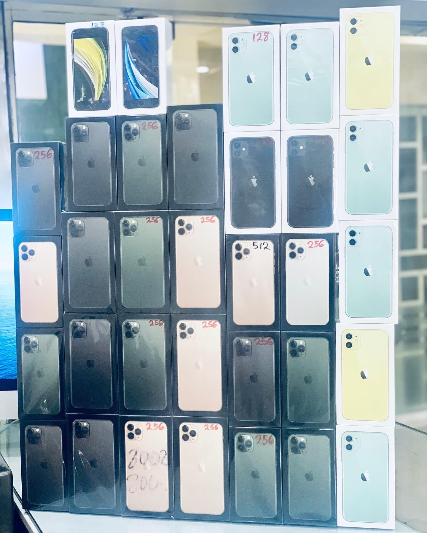 Apple iPhone 11 Pro / Pro Max - 512GB - 256GB 64GB (Factorty
